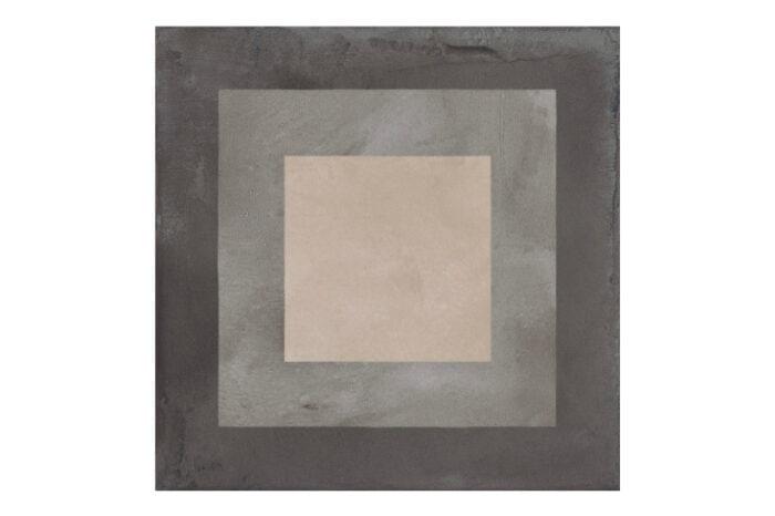 Patterned tile labelled 7