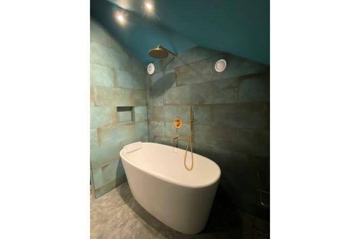 bathroom with white bath
